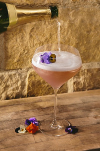 Encore's La Femme de Violette gin/champagne cocktail. (Courtesy J Public Relations)