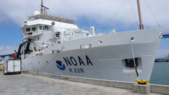 NOAA's research vessel, the Reuben Lasker  (Photo by Will Bowen)