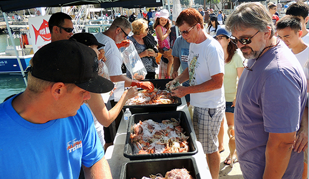 Tuna harbor comes back to life san diego downtown news for Fish market san diego ca