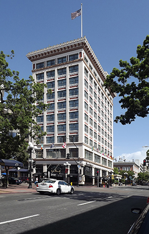 The Watts-Robinson building, located at the northeast corner of Fifth Avenue and E Street, is an architectural landmark Downtown. (Courtesy Gaslamp Historical Foundation)