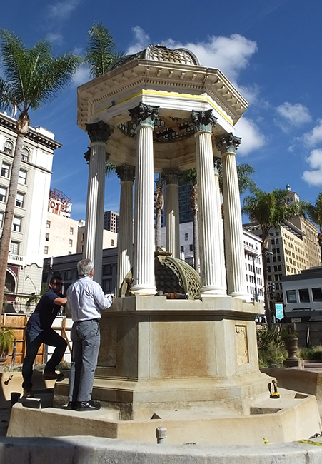 The Horton Plaza Park fountain gets a facelift (Photo by Delle Willett)