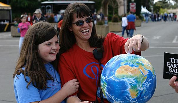 [DOWNTOWN] Earth Day 2015 (4)webtop