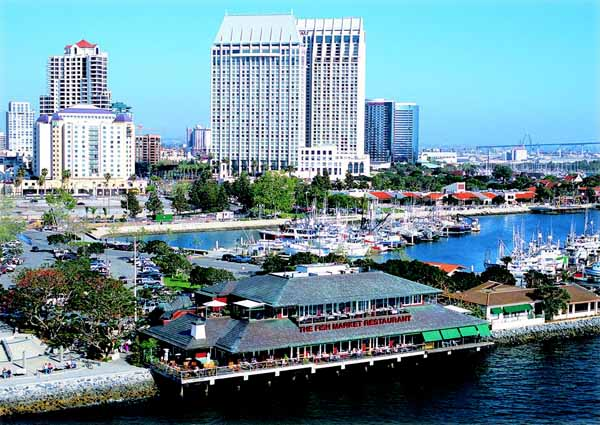 Food and drink blotter jan 2016 san diego downtown news for Best fish restaurants in san diego