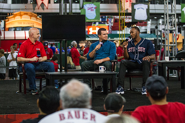 Fan Fest attendees get to see and hear players up close (Courtesy MLB)