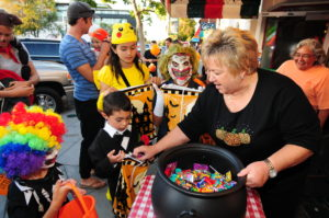Little Italy residents and businesses enjoy mingling at last year's event. (Courtesy Olive PR)